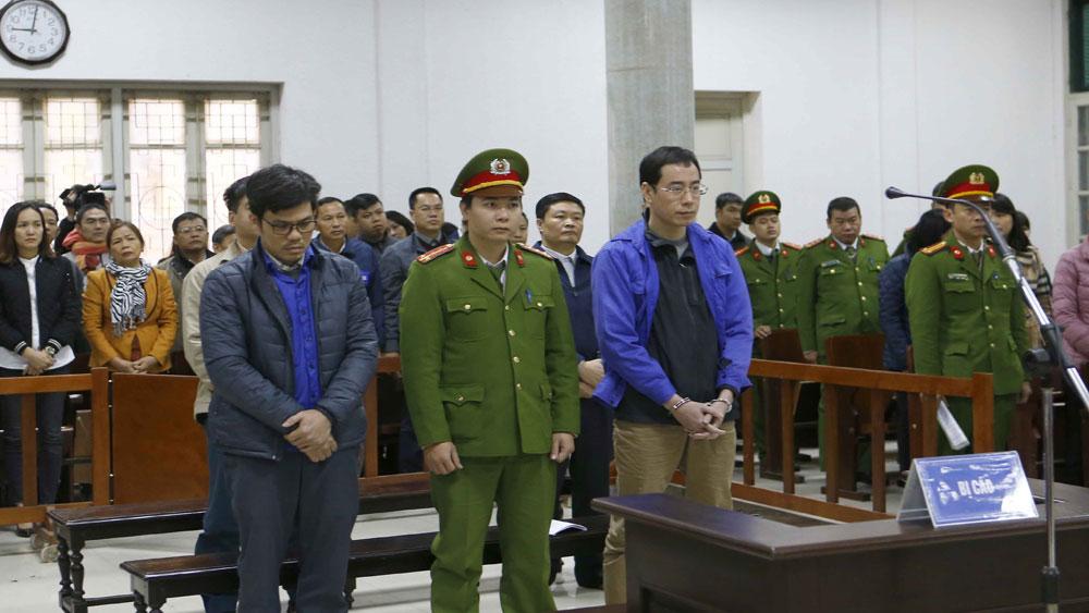 Xét xử vụ án tại Công ty Lọc hóa dầu Bình Sơn: Giảm số tiền cáo buộc chiếm đoạt cho bị cáo Đinh Văn Ngọc